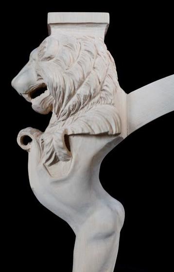 Löwentisch, Linde geschnitzt
